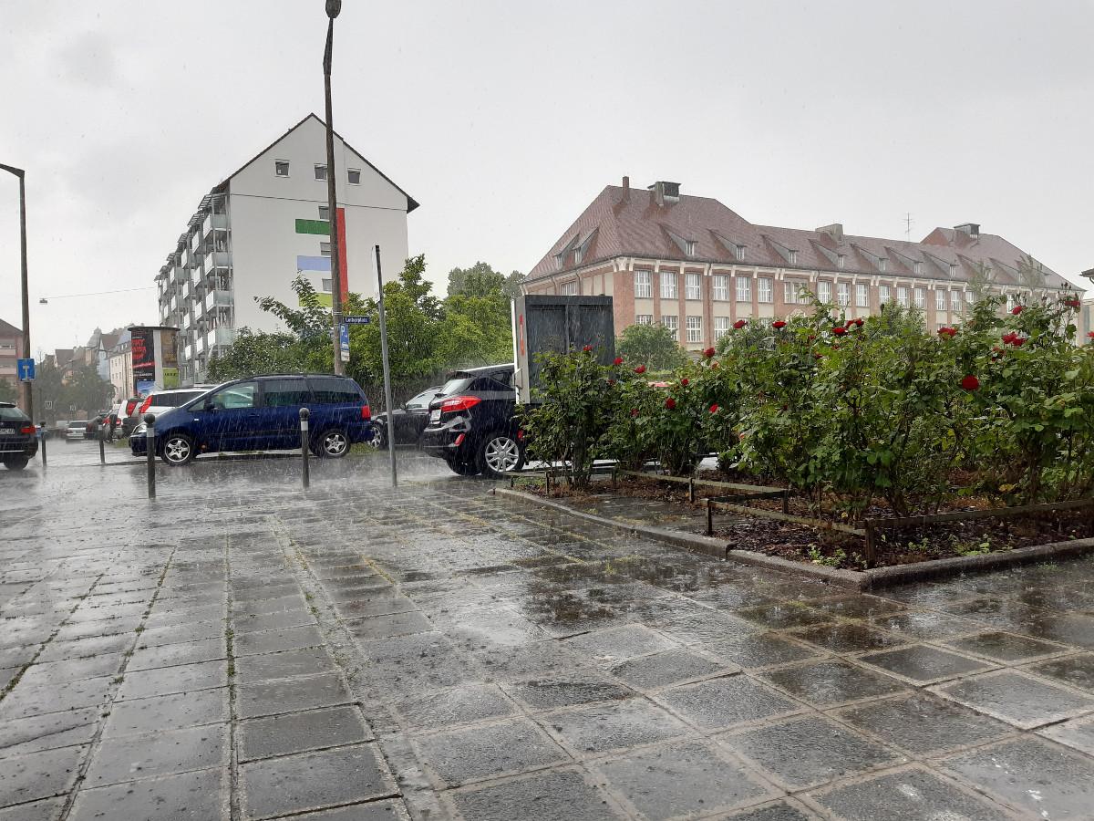 2021-06-07-10-54-47-10Starkregen.jpg - Atelier Haberbosch Nürnberg