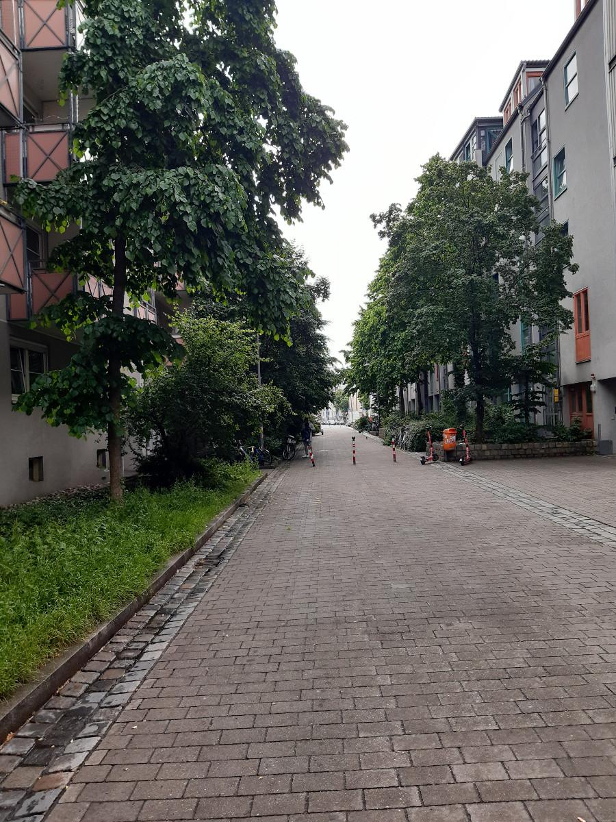 2021-06-07-10-54-47-4DurchgangWalterMeckauerstrasse.jpg - Atelier Haberbosch Nürnberg