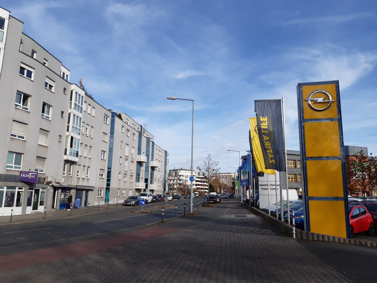 2021-04-30-11-33-40-3hinter_dem_Nordostbahnhof.jpg - Atelier Haberbosch Nürnberg