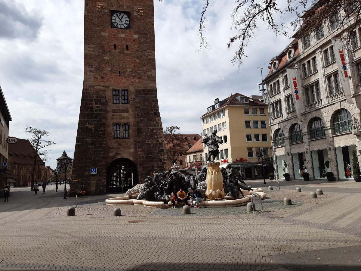 2021-05-01-03-20-12-7Hans-Sachs-Brunnen.jpg - Atelier Haberbosch Nürnberg