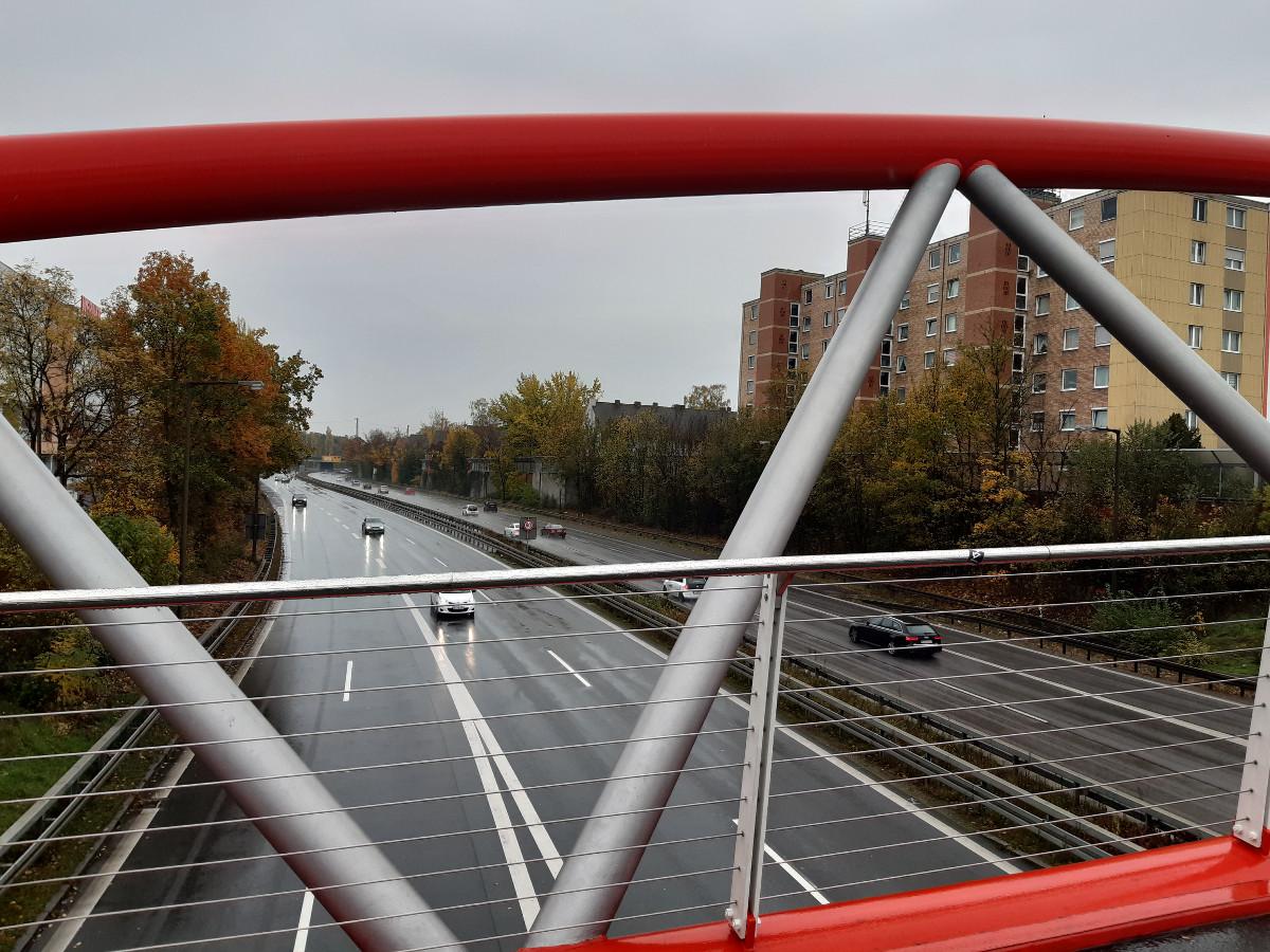 2021-04-30-11-10-02-7Heistersteg_uueber_den_Frankenschnellweg.jpg - Atelier Haberbosch Nürnberg