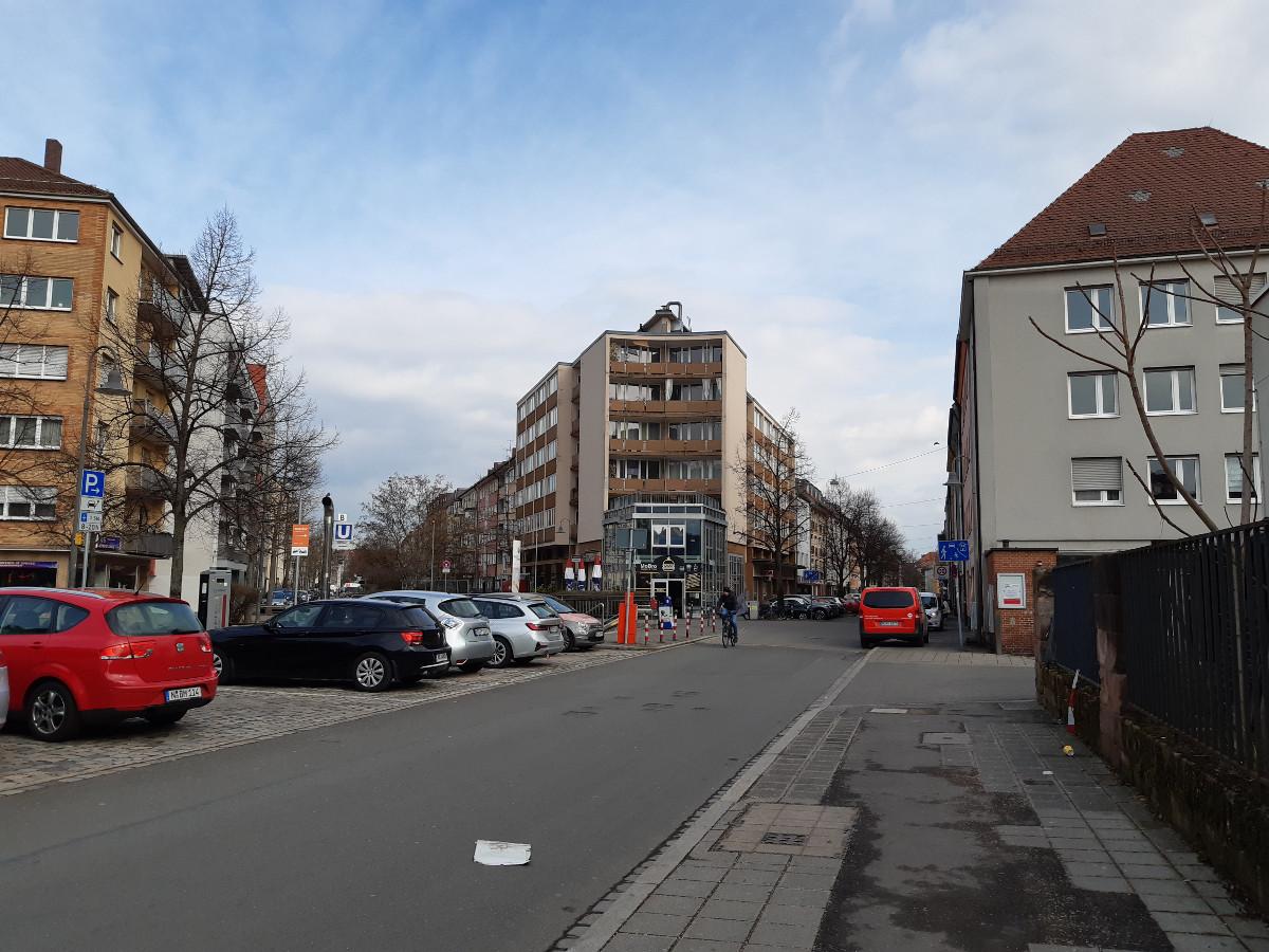 2021-04-30-03-21-23-6LudwigFeuerbachstrasse_am_U-Bahnhof_Rennweg.jpg - Atelier Haberbosch Nürnberg